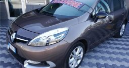 Renault Scenic 1.5 dCi 110CV EDC Limited